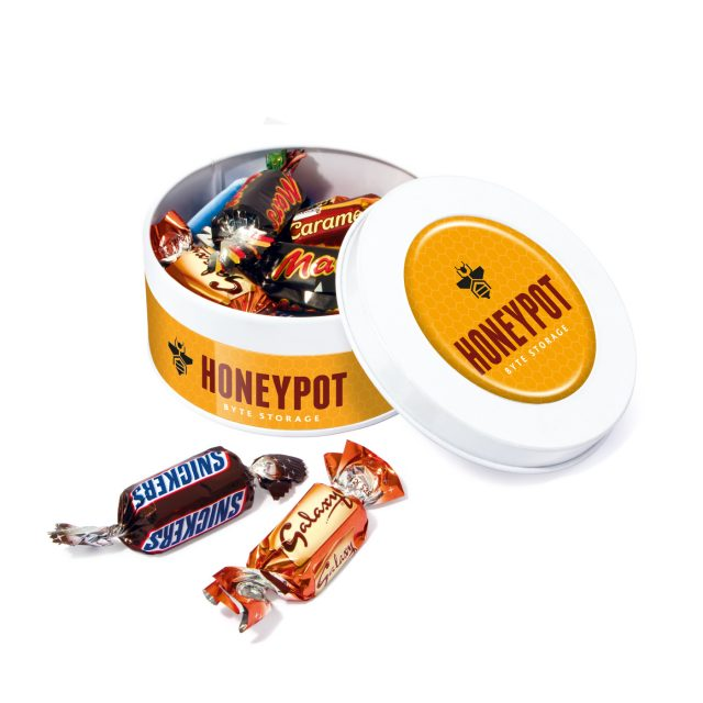 White Treat Tin Celebrations 640x640